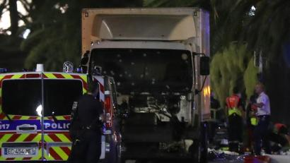 Pertsona batek 84 pertsona hil ditu Nizan kamioiarekin harrapatuta