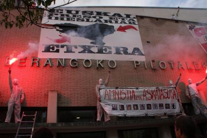 Txandakako gose-greba abiatu dute Huelvako euskal presoek