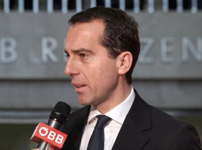 Austriako Gobernua ere igo da TTIP zalantzan jartzen duten erakundeen trenera