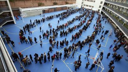 Kataluniako Legebiltzarrak antolatu beharko luke erreferenduma, Generalitateak baino