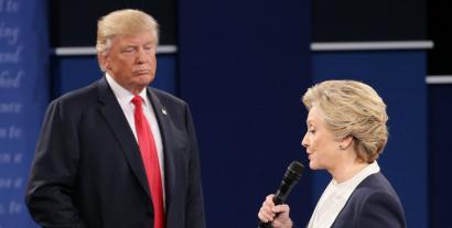 Eraso matxistak direla medio, tentsio handiko eztabaida Trump eta Clintonen artean