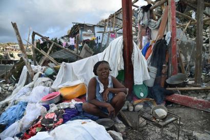 Kolera eta gosetea zabaltzen doaz Haitin urakanetik astebetera