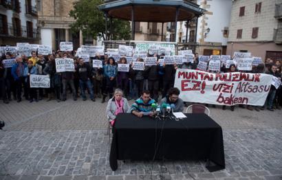 Muntaia polizialen kontrako manifestaziora deitu dute larunbaterako Altsasun
