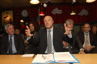 Alain Roussetek AHTa finantzatzeko proposamenari uko egin dio
