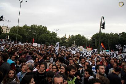 """Rajoyren inbestiduraren aurka manifestazioa deitu dute Madrilen, """"Mafiaren kolpea"""" salatzeko"""