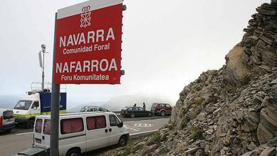 Nafarroa osoan sarrerako seinaleak ele bitan jarriko ditu Gobernuak