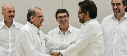 Lehen ezetzaren ostean, bake akordio berria sinatu dute FARCek eta Kolonbiako Gobernuak