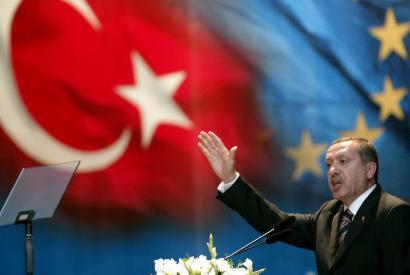 Europako Parlamentuak ez du Turkia Europar Batasunean sartzea nahi