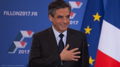 François Fillon irabazle, neoliberalenak ordezkatuko du eskuina Eliseorako lasterketan