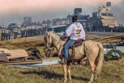 Dakotako oliobidearen eraikitzea gelditu dute, protestei esker