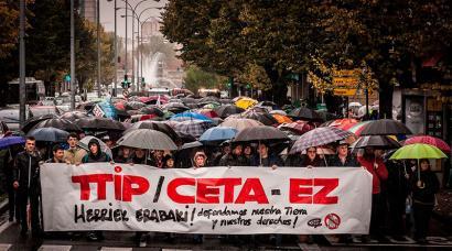 CETAri buruzko Europako Legebiltzarreko bozketaren atarian, mobilizazioak Euskal Herrian