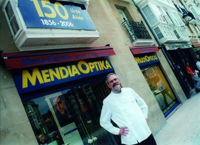 """Kepa Mendia: """"Publizitatea euskaraz egitea oso ona izan da negoziorako"""""""