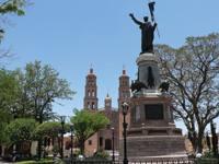 Migue Hidalgoren omenezko estatua