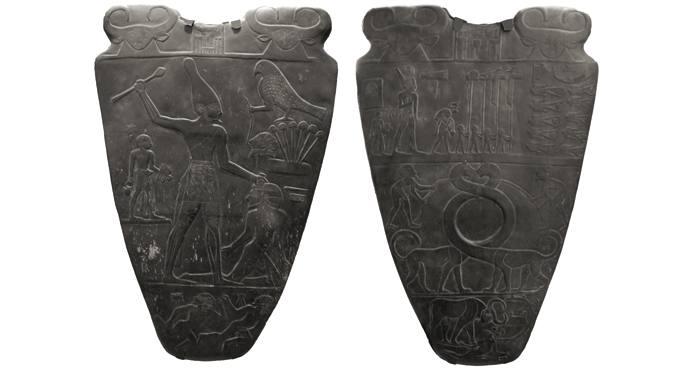 Narmer faraoiaren paleta 64 zentimetro luze eta 45 zentimetro zabal da.