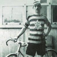 Vicente Blanco �Herrena� (1884-1957) Frantziako Tourrean parte hartu zuen Euskal Herriko eta Iberiar Penintsulako lehen txirrindularia izan zen.