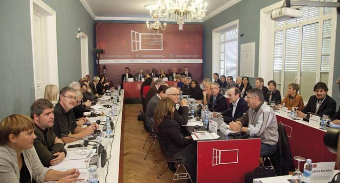 Donostiako Bake Konferentzia inflexio puntua izango da euskal politikaren eragile guztiak mahai bakarren biltzeko.