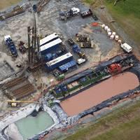 Hausketa hidraulikoko putzu bat, Pennsylvanian.
