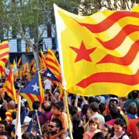 Diadako manifestazio historikoak erabat baldintzatu du Kataluniako politika.