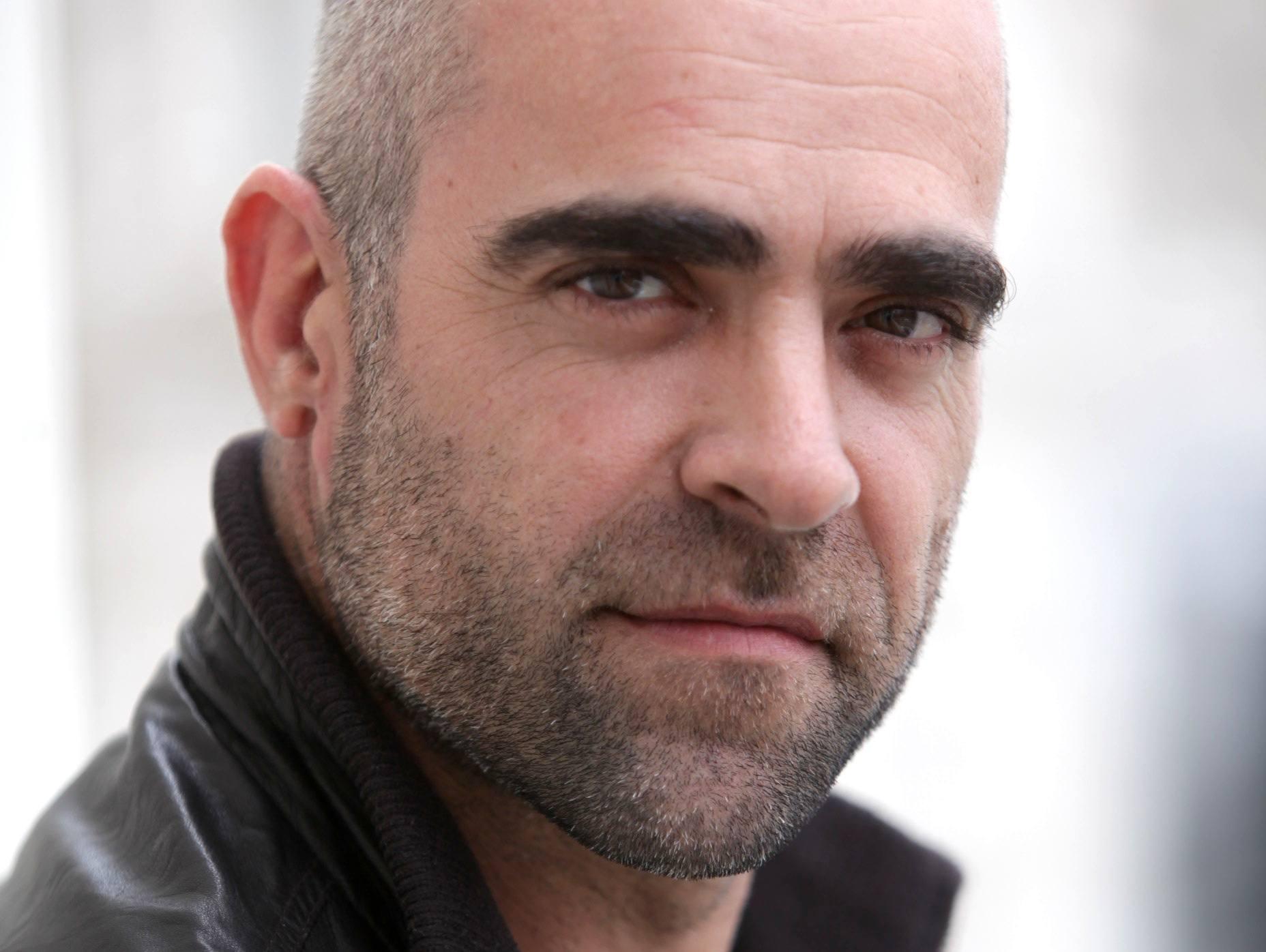 Luis Tosar rol: langabetuarekin Los lunes al sol filmean