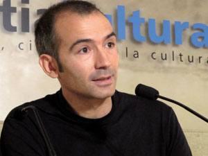 Donostiako ospitalean batzorde etikoko kide izana da Antonio Casado da Rocha; egun Biologiaren Filosofia arloan ari da ikerlanean EHUn.