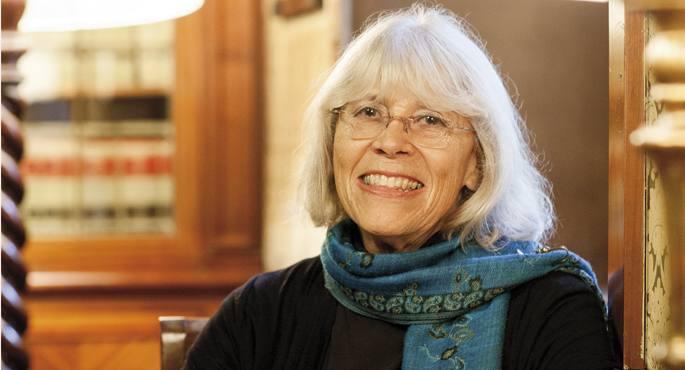 Marta Harnecker Txilen sortu zen, Austriako etorkin familia batean. Autore marxista-leninista garrantzitsu honek etengabe aztertu du langile mugimenduaren eta ezkerraren bilakaera.