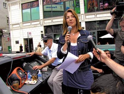 Naomi Kleinen deia: klimaren krisia jarri ezkerraren ardatz