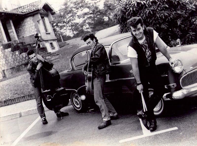 Temblores rockabilly taldea, Antzaranen.