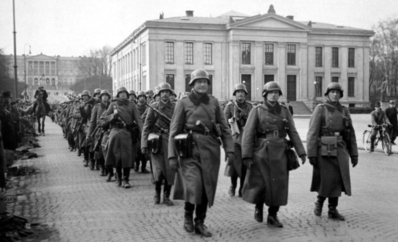 Tropa alemaniarrak Osloko kaleetan, Bigarren Mundu Gerran. (Arg: Vesterheim Museoa)