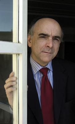 Andres Urrutia Euskaltzainburuak 'Berria'n esanak: