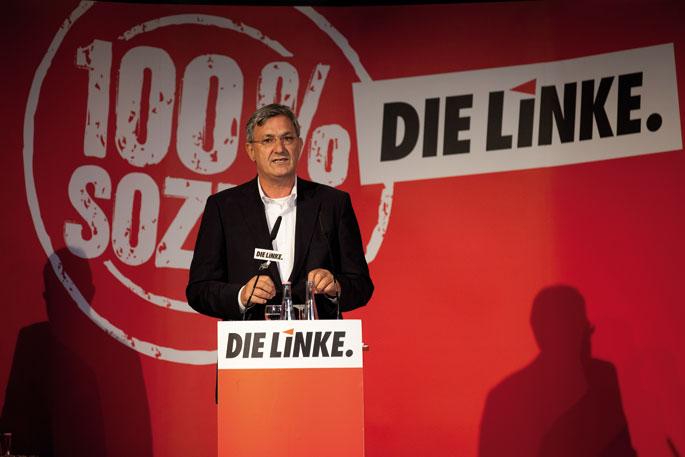 2013ko irailean egin ziren Alemaniako hauteskunde federaletan, ia lau milioi bozka eta 64 eserleku lortu zituen Die Linkek, eta hirugarren indarra izatera pasa zen. Irudian, Riexinger hauteskunde kanpainako ekitaldi batean.