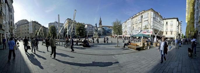 Lehenik industrializazioak eta ondoren Euskal Autonomia Erkidegoko hiriburu izendatzeak Gasteiz erabat moldatu zuten.