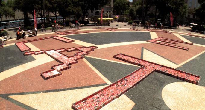 40.000 Coca-Cola poto bildu dituzte  enpresari katalanez etiketatzeko eskatzeko