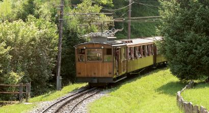 Larrungo trena,  90 urteko traizio txikia