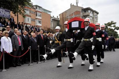 Dogan G�res hil da, Turkiako kurduen zanpatzailea