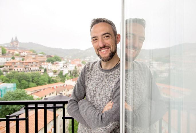 """""""Aspalditik jaso dugunaren eta egunero hartzen dugunaren nahasketa da gure altxorra. Denok mestizoak gara""""."""
