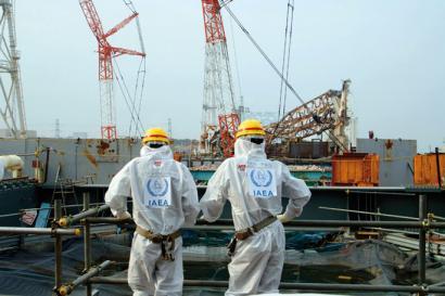 Fukushiman lanak atzeratzen