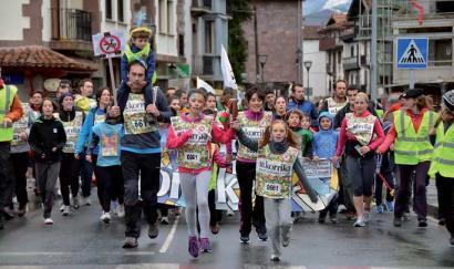 Gaztetxoei eta gurasoei inkestak Nafarroako mendialdeko euskararen egoera aztertzeko