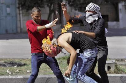 Belaunaldi espontaneoak harresia ezagutzen du,  ez Jassir Arafat