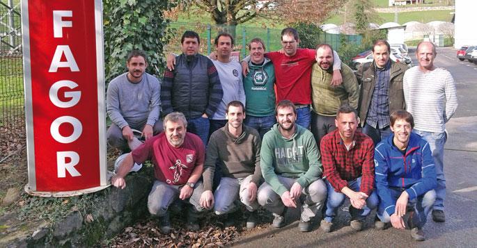 Markinako Fagor Arrasaten Eusle ekimenean parte hartu duten langileak.