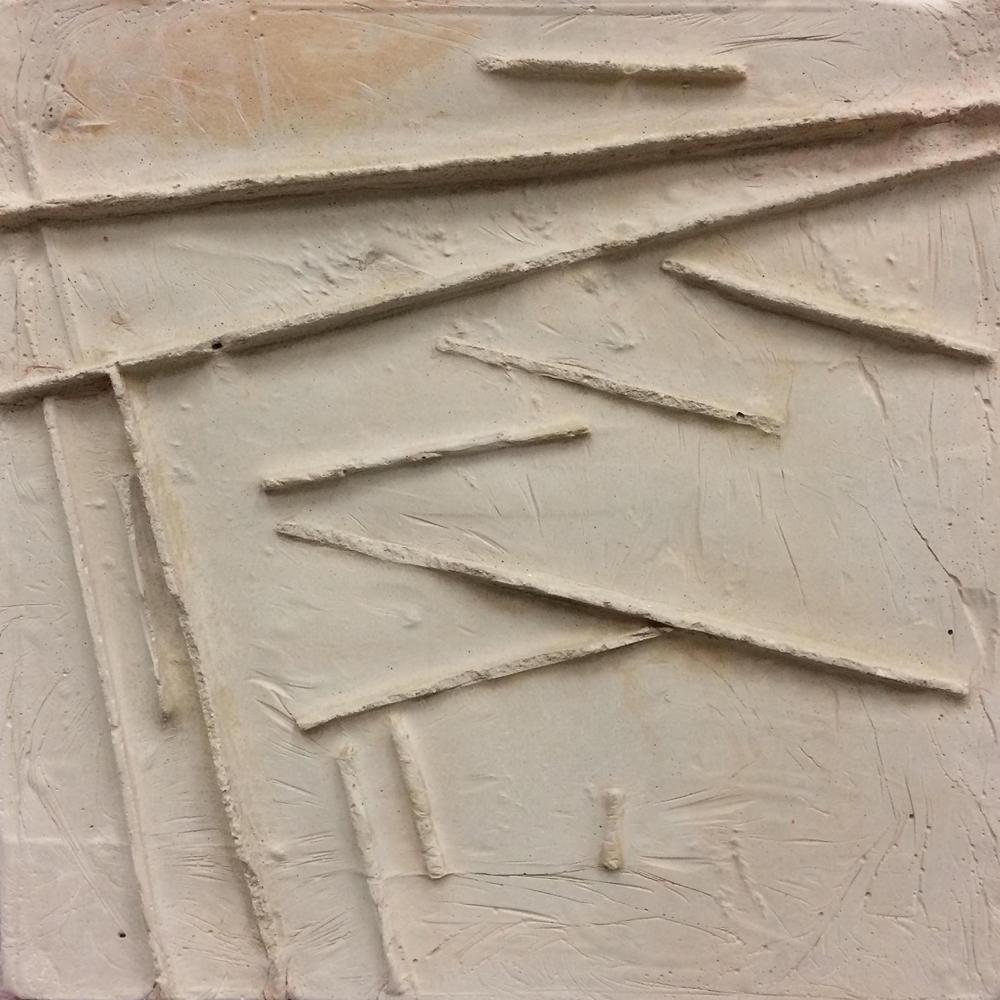 Zementuzko lauza, 10 (2016). Zementua. 46 x 46 x 3,5 cm.