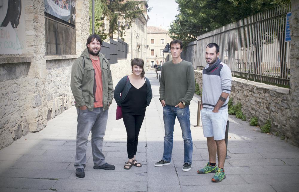 Erlantz Anda (Alea), Maialen Kortabarria (Hala Bedi), Aritz Martinez de Luna (Alea)  eta Igor Goikolea (Hala Bedi). Argazkia: Axier Lopez.