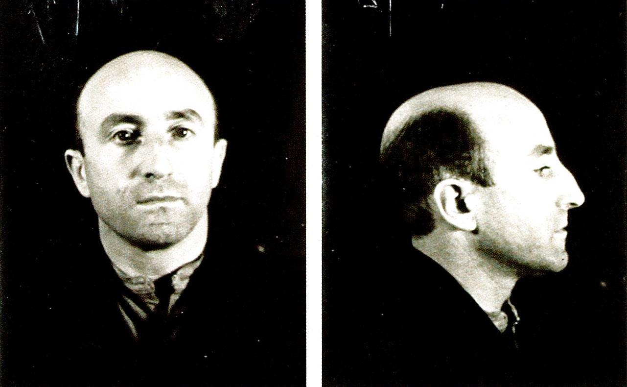Juan Gomez de Lecube 1942an atxilotu zuteneko argazkiak. 1920ko hamarkadan futbol jokalari izana, eta Bigarren Mundu Gerran alemaniarren agentea, Jose Antonio Agirre lehendakariaren lehengusua zen. (Arg: Erresuma Batuko Artxibo Nazionala)