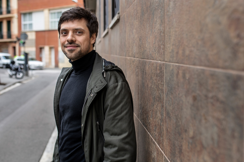 Olivier Peter legelari suitzarra Anna Gabrielen aholkularia da. (Victor Serri / La Directa)