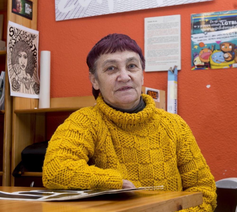 1976an Bizkaiko lehen emakume asanbladan hartu zuen parte Begoña Zabalak; hortik gutxira aldatu zen Iruñera eta han ere mugimendu feminista bizia aurkitu zuen, Sanferminetako gertaeren atarian. (Arg.: Foku / Iñigo Uriz)