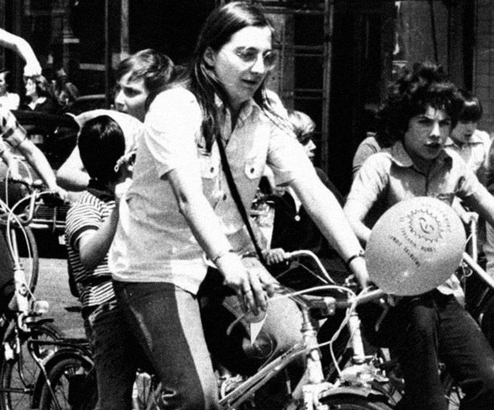 Gladys Del Estal hil aurreko azken argazkian, Donostiako bizikleta martxan.