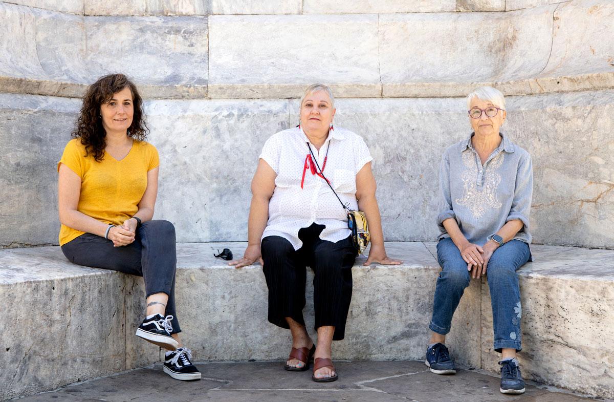 Ezkerretik eskuinera: Naiara Gorostiaga, Marilo Gorostiaga eta Gloria Bosque. (Arg.: Dani Blanco)