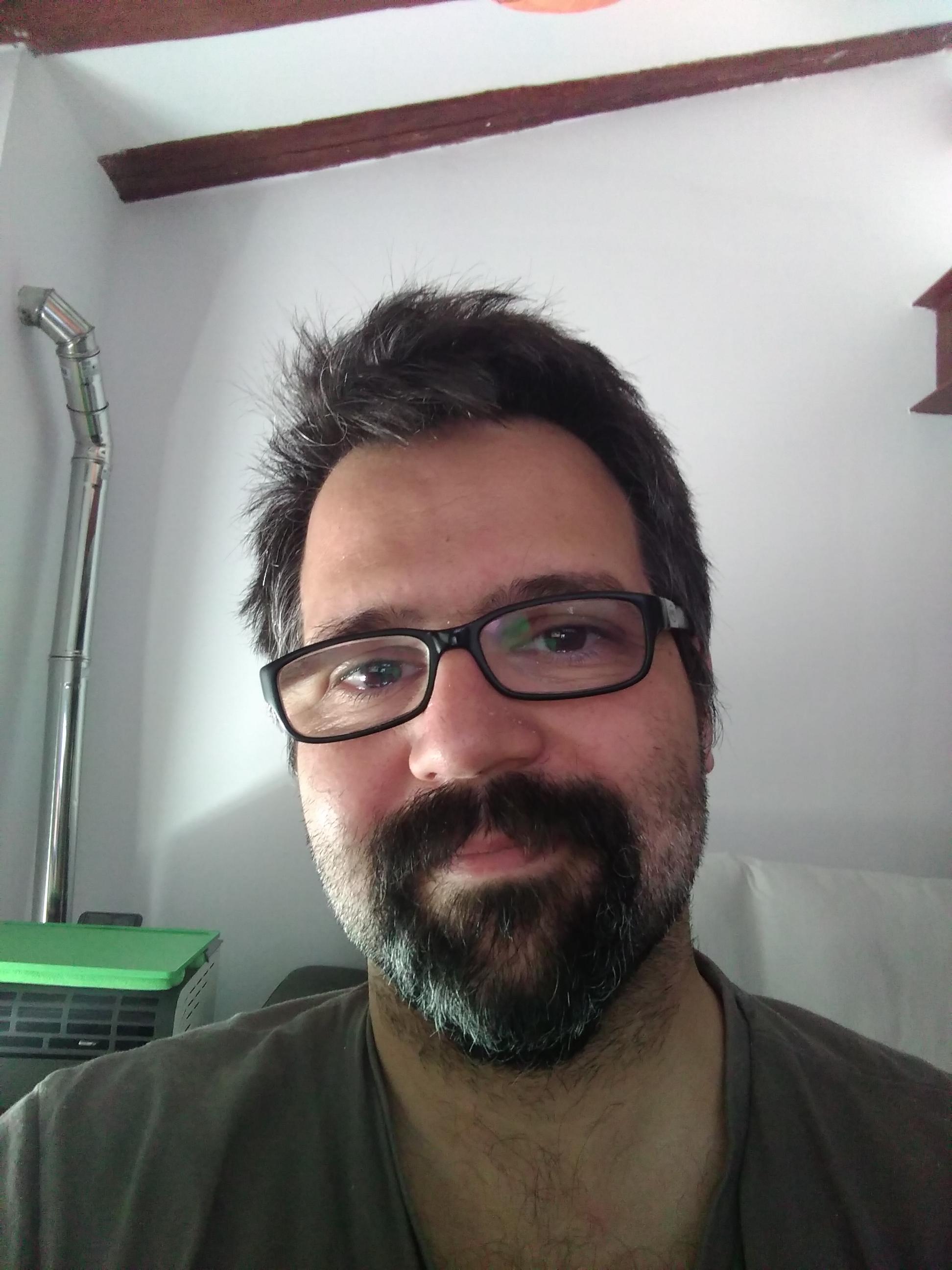 Juan Etxenike Almeida