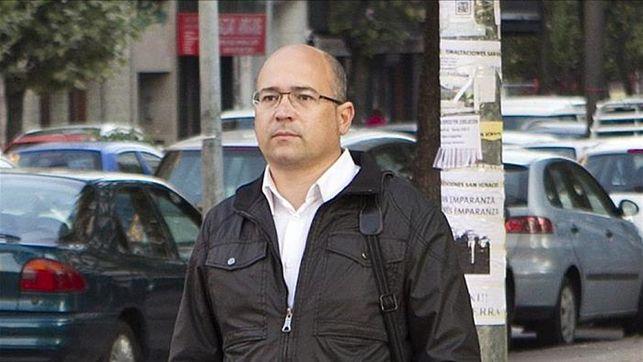 De Miguel auzian 26 auzipetu daude, EAJko kide-ohiek gidatutako komisio ilegalen ustezko traman.